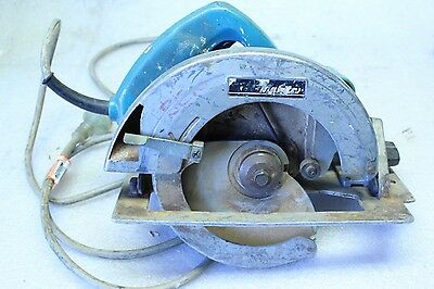 Makita 5007B Circular Saw 185mm 1600W - No Blade