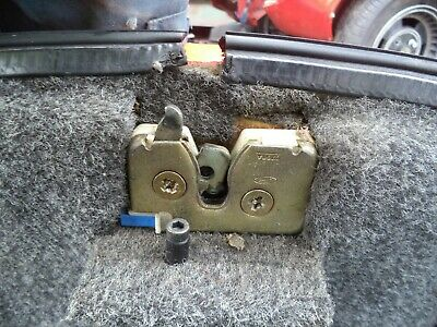 Tvr Tuscan 1 Red Rose - Rear Boot Catch Mechanism Lock