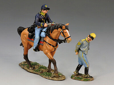 King (and) & Country CW063 - Prisoner and Escort - Retired
