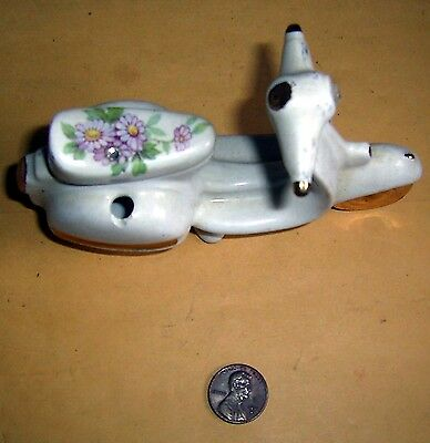 Ceramic Valentin Scooter With Flowers Motives Made in Italy