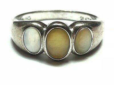 Fantastic Ladies Sterling Silver Ring - Lovely! - Take A Look! - Size 9