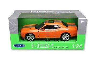 Dodge Challenger 2013 SRT Coupe 1:24 Scale Diecast Very Detailed Model Car 24049