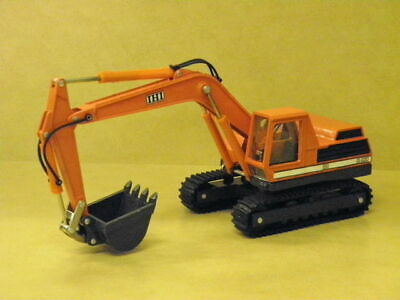 1:40 INTERNATIONAL IHIIS-085 OIL PRESSURE SHOVEL Diapet 014-01229
