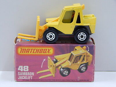 Sambron Jacklift (Yellow with Brown Base) - Made in England Matchbox 48