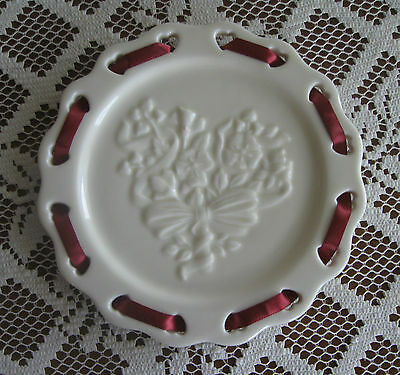 Longaberger Pottery Sweetest Heart Ivory Candle Plate