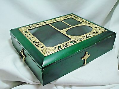 Beautiful Wooden Reliquary Display Box Green With Black Lining