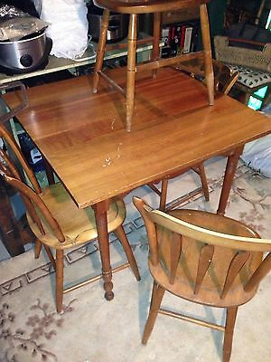 VINTAGE Antique Cherry Table And 4 Hitchcock Chairs Lancaster County, Pa