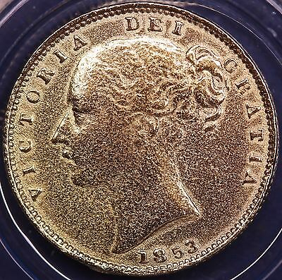 1853 REPRODUCTION Victoria gold plated Sovereign in information folder [VGSCP]