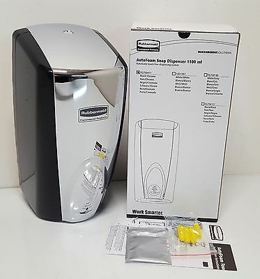 Rubbermaid Commercial AutoFoam Touch-Free Dispenser 1100ml Black Chrome FG750411