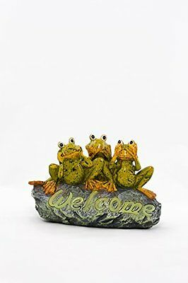Outdoor Welcome Stone with Three Frog Family