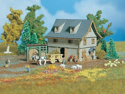 Vollmer 49541 Z Barn with Yard gate #new original packaging#