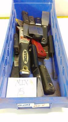 Assorted Putty Knives Lot Of 15 Bin 4