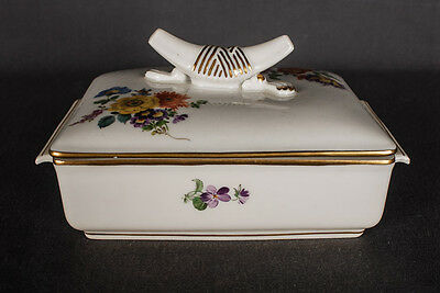 Rare Meissen Tin Box Pill box with Flowers and Gold