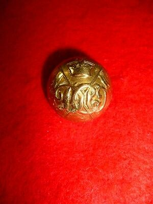 Indian 13th Duke of Connaught's Own Lancers Victorian Crown Button, 20 mm Dia.