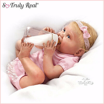 Ashton Drake baby Doll Tippy Toes - Lifelike - Feeding Bottle - Nappy - Headband