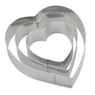 Heart Cut Outs/Heart Cookie Cutters,Set of 3 new L3