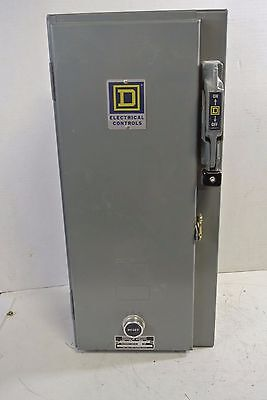 Square D Size 0 Combination Starter Class 8538 Type SBG-13 3 Pole 120 V Coil
