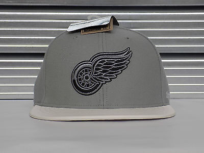 Official Detroit Red Wings '47 Snapback Cap