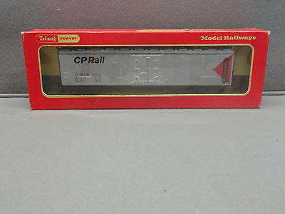 Tri-Ang Hornby Triang OO CN Silver Refrigerator Car in box