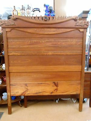 Vintage Victorian full size bed