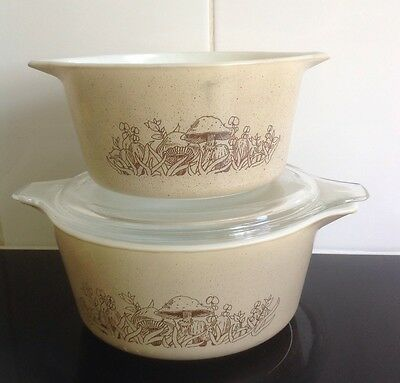 Pyrex Forest Fancies set of 2 nesting bowls 473 & 474