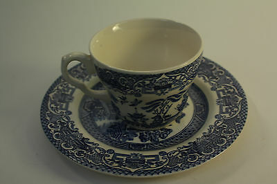 English Ironstone Tableware Willow Pattern Tea Cup and Plate