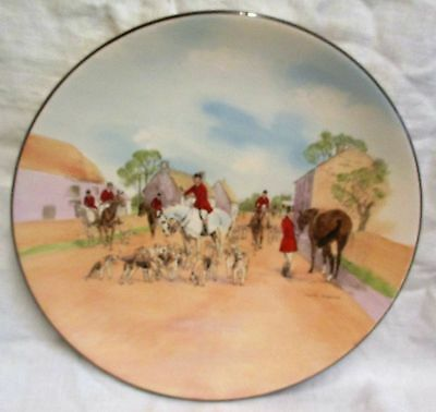 """13.5"""" Charles Simpson Royal Doulton Series Ware 'The Meet' Charger D6326"""