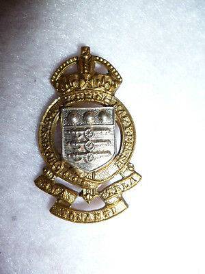 Royal Army Ordnance Corps Post 1949 KC Collar Badge