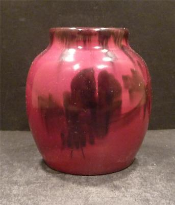 Gouda, Holland Red Vase With Wind Mill  -  Decoration - MINT