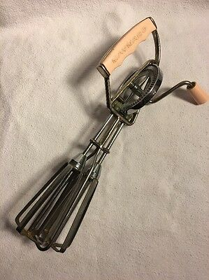 Vintage Maynard Mid Century Pink 1950's Egg Beater - Works Smooth and Great!