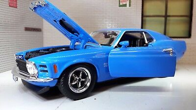 1:24 1970 Ford Mustang Boss 429 Coupe LGB Diecast Detailed Model Car 73200 BLue