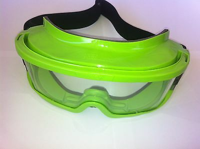 2 X Safety Goggles. Uvex Goggles. Australian Standard approved.