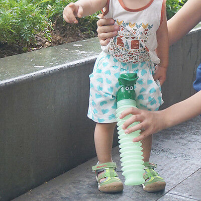 Kids Portable Urinal Travel Outdoor Camping Car Toilet Potty Bottle 600ml Green