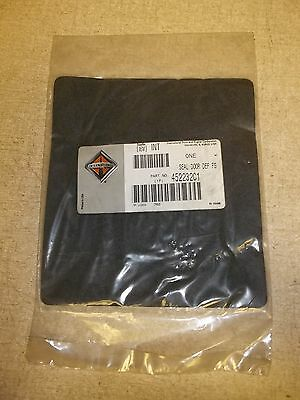 NEW International 452232C1 Door Seal DEF FS *FREE SHIPPING*