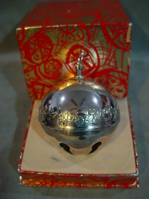 Wallace Silver Plated Sleigh Bell 1977 Mistletoe and Doves 7th Ed Box