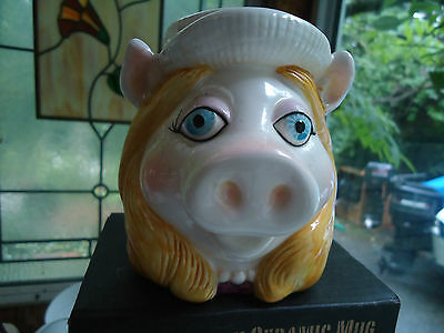 Vintage 1981 MISS PIGGY Sigma coffee mug Made in Japan Muppets Hand Painted