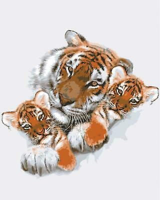 Grafitec Printed Tapestry/Needlepoint Canvas – Tigress with Cubs