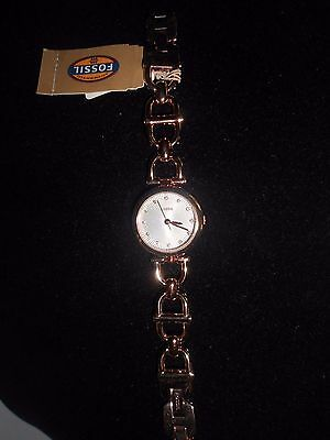 Fossil Authentic Brand Nwt,Gold/Rose Tone, Stainless Steel Wrist Woman Watch .