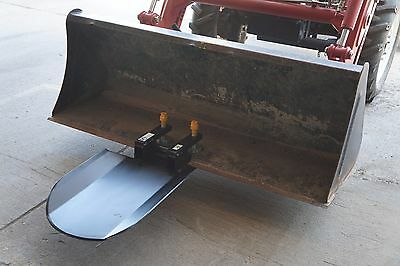Quick Attach Spade Shovel Clamp On Bucket Accessory w/ Pallet Forks Receiver