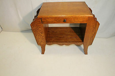 Charming Arts & Crafts Solid Oak Magazine Lamp Side End Table with Drawer