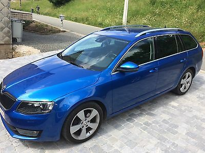 Skoda Octavia break 1.6 TDI 105ch 4x4 Elegance Full Options