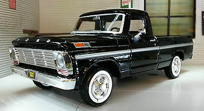 G LGB 1:24 Scale USA Ford F100 Pickup Ute Van 1969 Black Truck Diecast Model Car