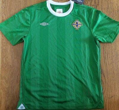 BNWT Northern Ireland Boys Football Shirt Large Boys Retro Home Shirt 2010