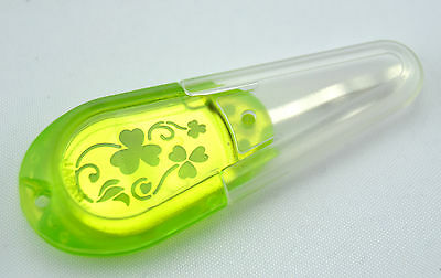 Needle threader for Embroidery needles of Clover 8611