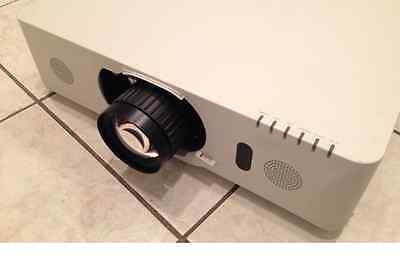 Hitachi Fl-701 Fl701 Short Throw Projector Lens (0.8) Cp-Wux8450 Cp-Wux8440