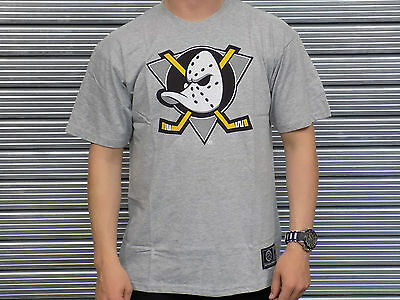 Official Anaheim Ducks Majestic Athletic T-Shirt Medium