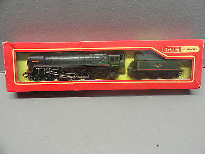 Tri-ang Hornby R259 S 4-6-2 BRITANNIA Locomotive with Tender R35