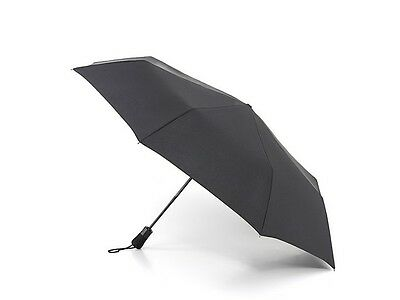 Fulton Auto Open/Close Jumbo Canopy Compact Umbrella in Black