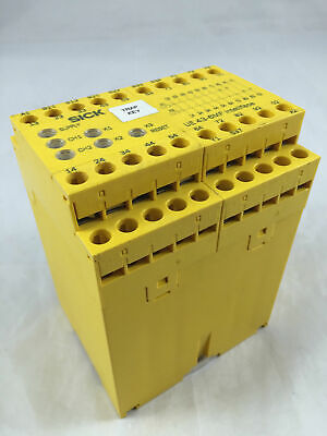 USED SICK UE436MF2D3 Safety Relay for Interlocks E-STOP 6024902 24V 6A 2,7W