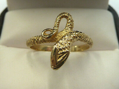 New 9ct Solid Yellow Gold Snake Ring Size R  2.8 grams